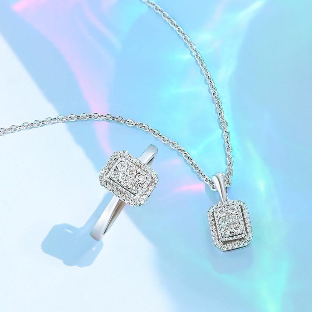 perhiasan berlian wanita